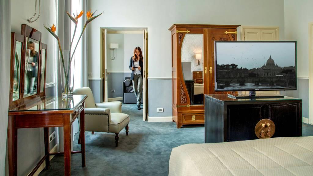 Hotel-Alexandra-Rom-zimmer-18