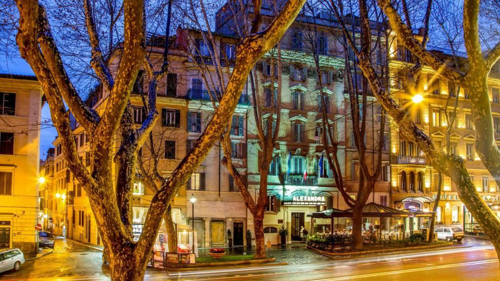 Hotel-Alexandra-Rome-entrée-03