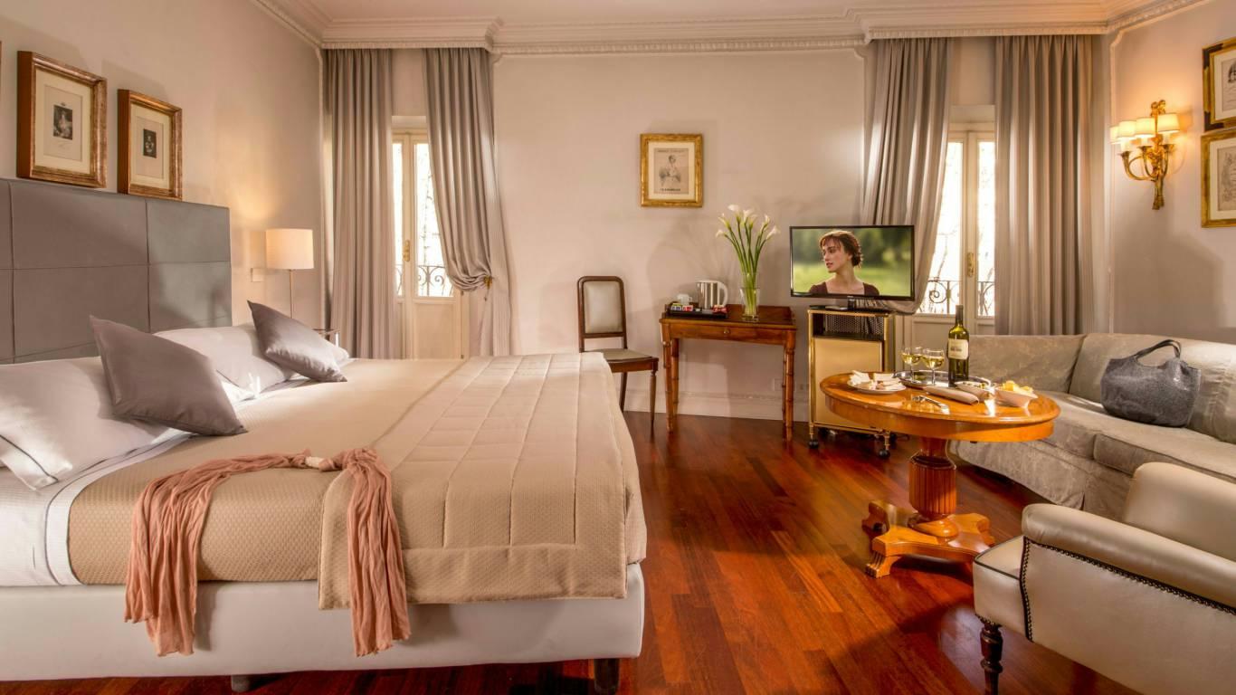 Hotel-Alexandra-Rome-chambre- Suite