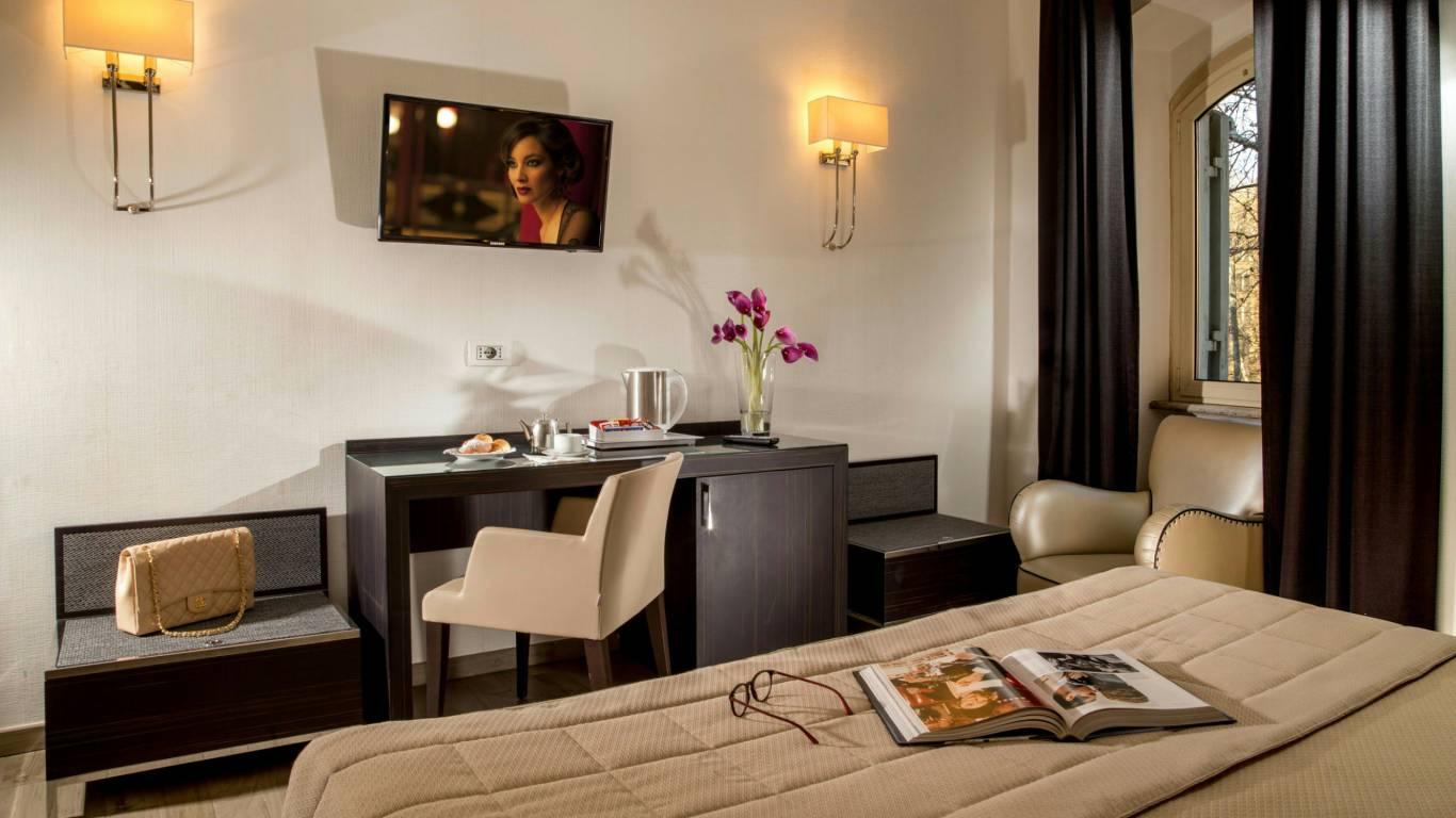Hotel-Alexandra-Roma-camera-12
