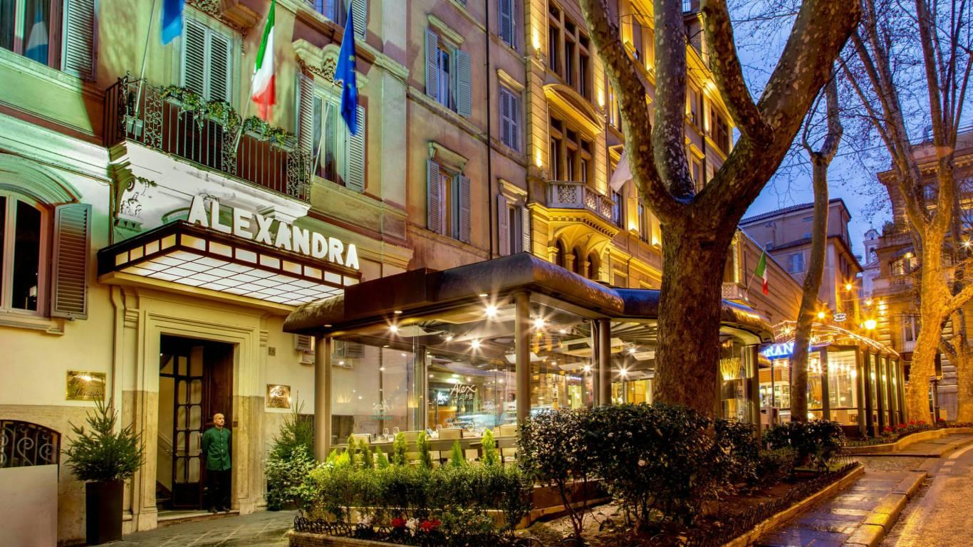 Hotel Alexandra Rome Entrance 01