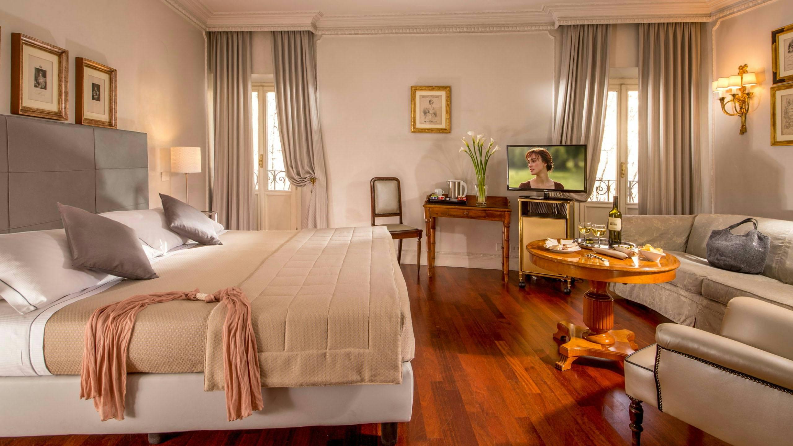 Hotel-Alexandra-Rom-zimmer-01