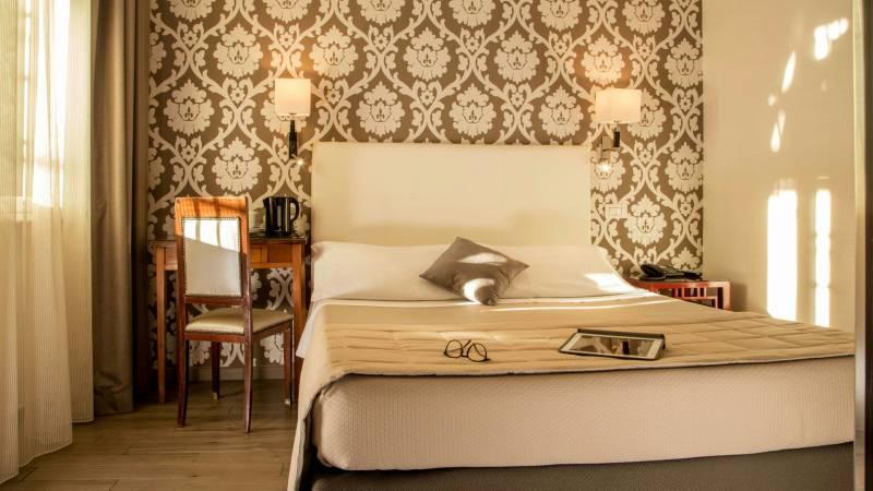 Hotel-Alexandra-Rom-zimmer-04