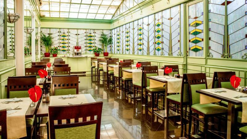 Hotel-Alexandra-Rom-Frühstücksraum-09